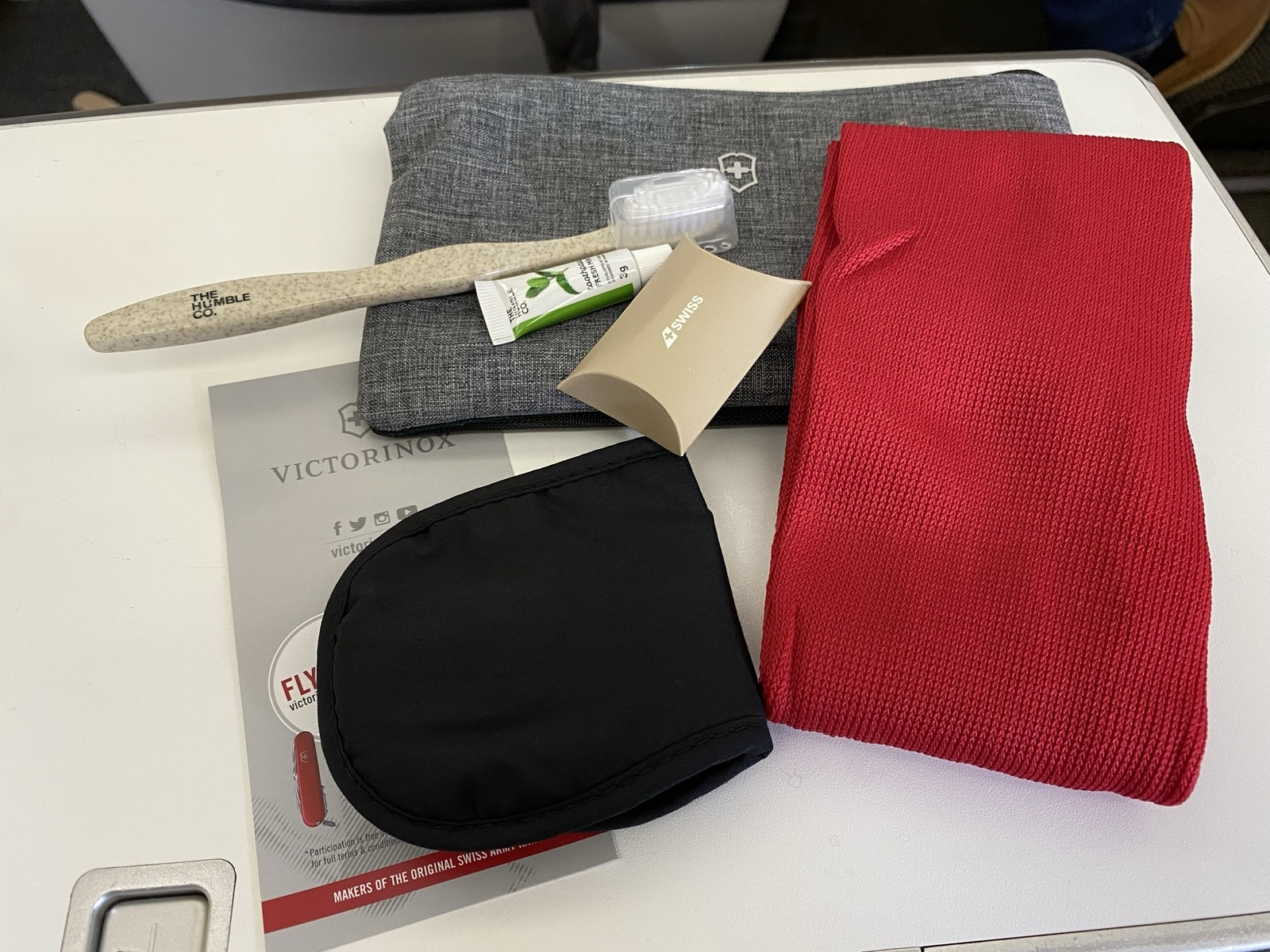 SWISS business class amenity kit contents